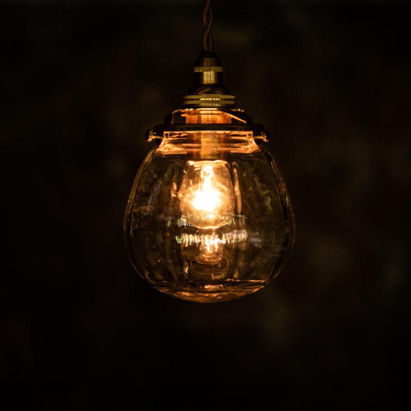 やわい屋 球 L4 照明オン