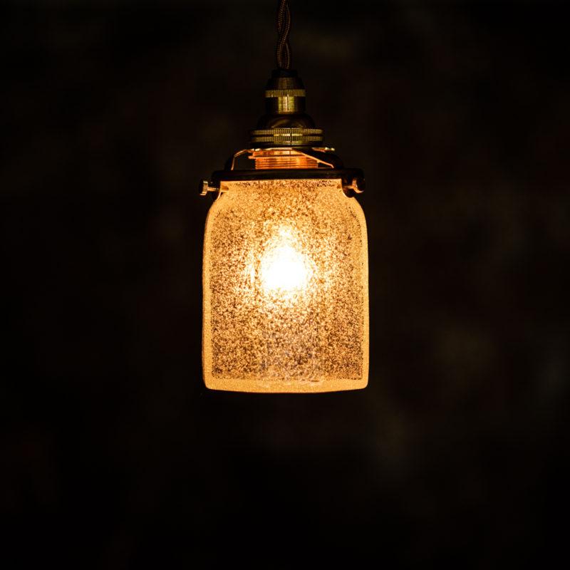 やわい屋 八角筒瓶 泡 L6A 照明オン
