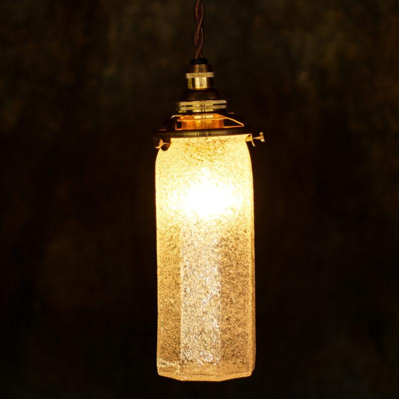 やわい屋 八角細筒瓶 泡 L8A 照明オン